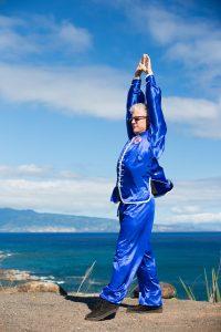 yijinjing-muscle-tendon-changing-qigong-sifu-scott-jensen-san-rafael-10000-victories-Rachel Jensen-2