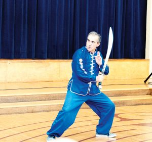 Fethi Yildiz performing 8 Directions Saber weapon form.