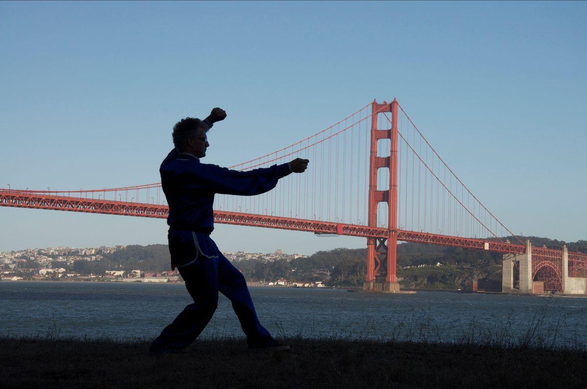 Sifu Jensen Performs Xing Yi Quan near golden gate bridge.